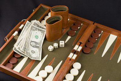 Professional backgammon strategy